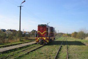 Lokomotywa Lxd2-297 w trakcie manerwów.