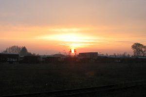 Świt na terenami lokomotywowni Konin.
