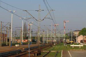 Semafory kształtowe na stacji w Gnieźnie.