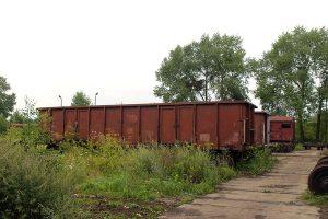 Wagony za wagonownią.