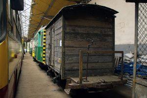 Tramwajowy wagon towarowy.