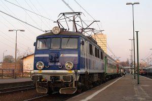 Łódź Fabryczna - EU07-085