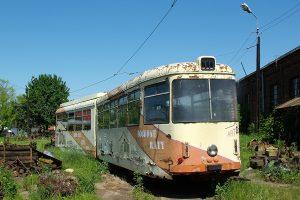 Brus - odstawiony #44 Tramwajów Podmiejskich.
