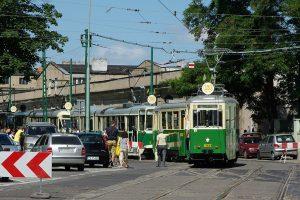 Kolumna tramwajów, pierszy Konstal N #602 + #456.