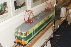Model lokomotywy elektrycznej ET22.
