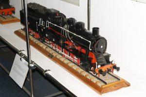 Model parowozu Ty23.