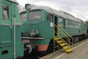 Lokomotywa spalinowa ST44-001.