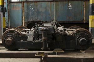 Wózek silnikowy od wagonów typu 803N.