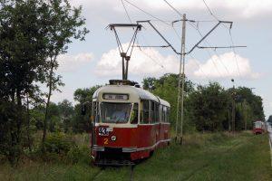 Skład #1830 + #1831 i 803N #2 na mijance Krańcowa w Łodzi.